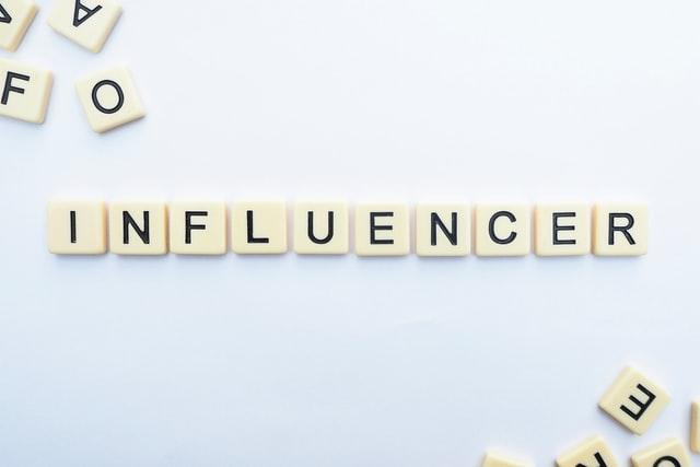 How to Become an Influencer? 5 Important And Easy Steps That Work