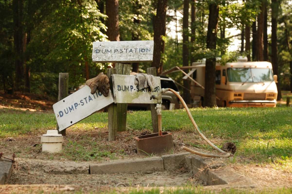 where to store sewage hose when not in use for rv camping