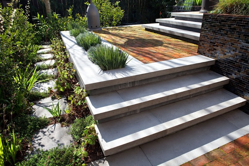 Jak wykończyć schody betonowe?