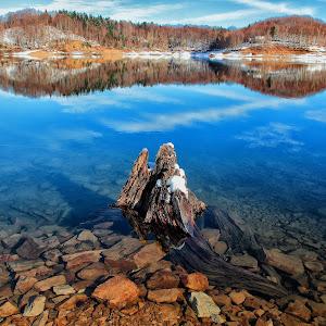 Lokvarsko-jezero5.jpg