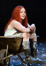 Photo: WIEN/ Akademietheater: DER TALISMAN von Johann Nestroy. Premiere 2. März 2013. Inszenierung: David Boesch. Sarah Viktoria Frick. Foto: Barbara Zeininger.
