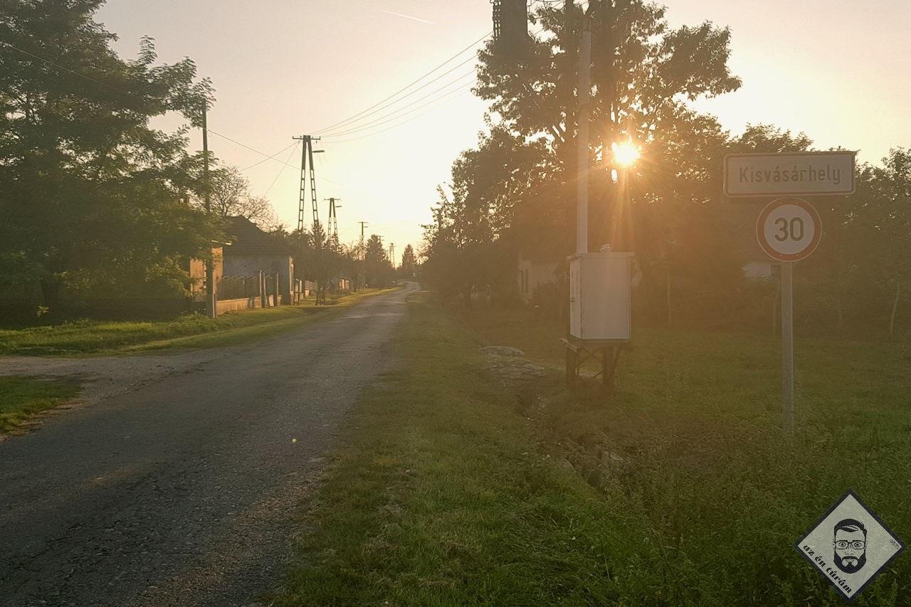KÉP / Napi célállomáson a 30-as tábla kb. a település lélekszávát is jelzi