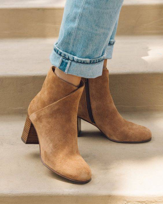 winter-shoes-for-women-suede-boots-look-book-6_image