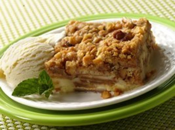 Impossibly Easy French Apple Dessert Squares Recipe
