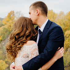 Wedding photographer Oksana Gnennaya (dp190192goi). Photo of 01.03.2018