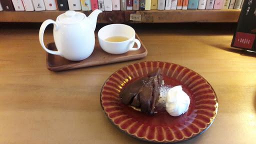 閱讀與美食是能融洽共處