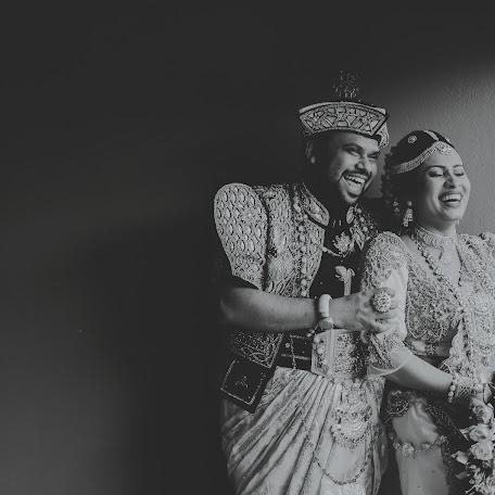 Wedding photographer Shan Liyanage (Shanliyan). Photo of 21.10.2017