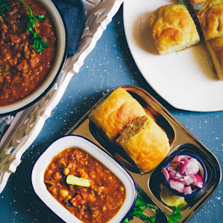 Whole wheat Pav and Bhaji – Indian Street food