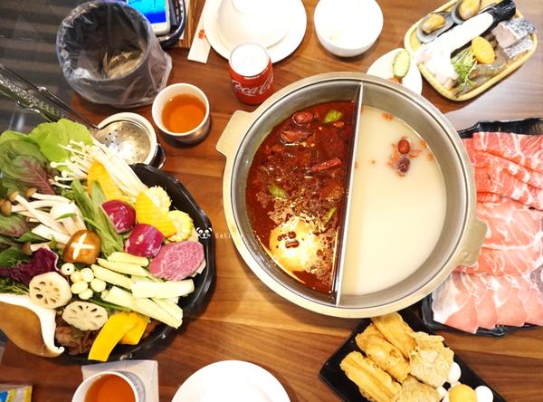 台南善化 麻花重慶火鍋(善化店) 套餐式麻辣鍋 均一價550元