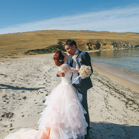 Wedding photographer Mikhail Zykov (22-19). Photo of 05.03.2018