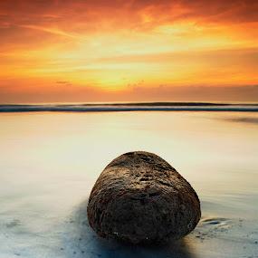 by KooKoo BreSyanatha - Nature Up Close Rock & Stone