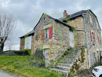 maison à Quins (12)