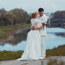 Wedding photographer Stas Etvesh (Kasper15). Photo of 18.04.2014