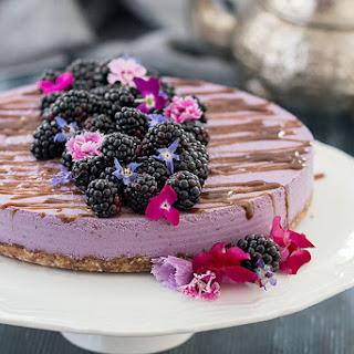 Vegan, No-Bake Blackberry Cheesecake.