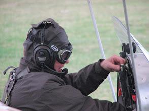 Photo: Le pilote se prépare