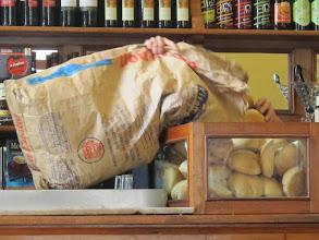 Photo: Más pan. Rápido Bar Restaurante Cordano Centro de Lima Mayo - 2014