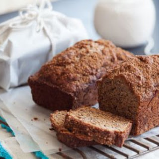 Light-and-Luscious Banana Bread