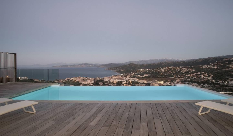 Villa avec piscine et jardin L'Ile-Rousse