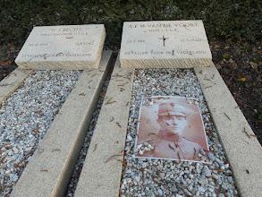 Photo: Oude begraafplaats Puttershoek
