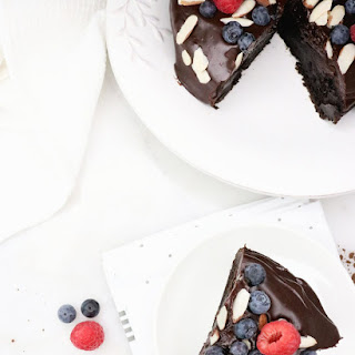Flourless Chocolate Cake with Ganache and Berries Recipe