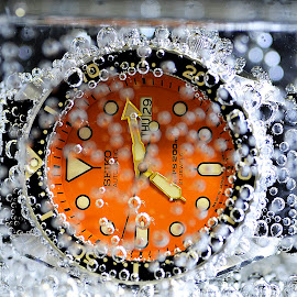 watch your dive !!.. by Pete G. Flores - Products & Objects Technology Objects ( water, seiko, diver, orange, watch, bubbles, round, circle, soda, tested, autofocus, time, drops, commercial, watches, pwc79, object )