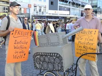 2011-10-03 Reinhard und Armin in der Innenstadt.JPG
