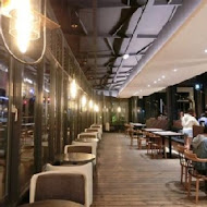 黑浮咖啡 Reve Cafe