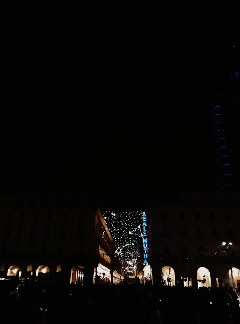 Light up the city! di Robsensi