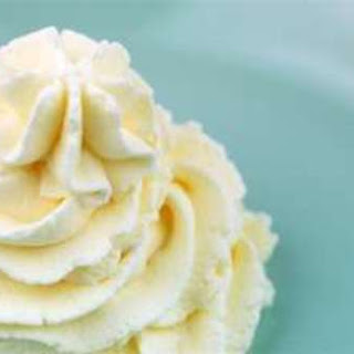 Quick Desserts With Whipped Cream Recipes.
