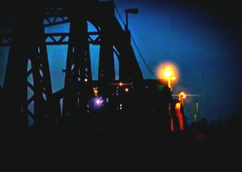 luci oltre il ponte di Micaela Lazzari
