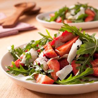Erdbeer-Rucola-Salat mit Pecorino