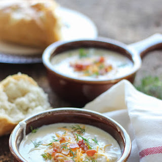 Slow Cooker Potato Soup With Cream Cheese Recipes.
