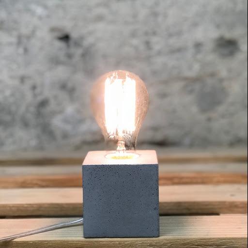Lampe cube béton gris