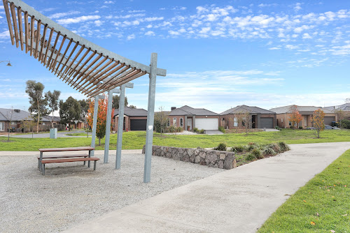 Photo of property at 32 Moondara Street, Tarneit 3029
