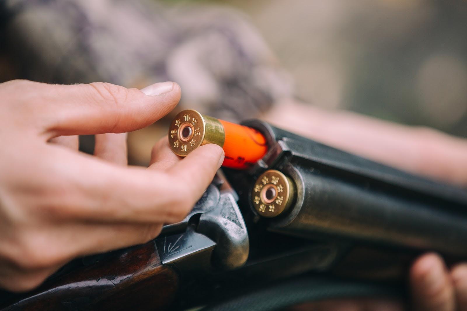 reloading a shotgun