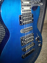 Photo: With a little extra flash on purpose, so you can see the transparent blue color over the maple top.