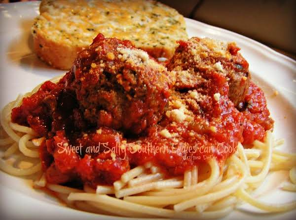 Dee Dee's Italian Meatballs And Pasta Recipe