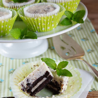 Mint Chocolate Cookies and Cream Mini Cheesecakes