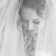 Wedding photographer Irina Buzynna (Veselka23Ira). Photo of 30.06.2015