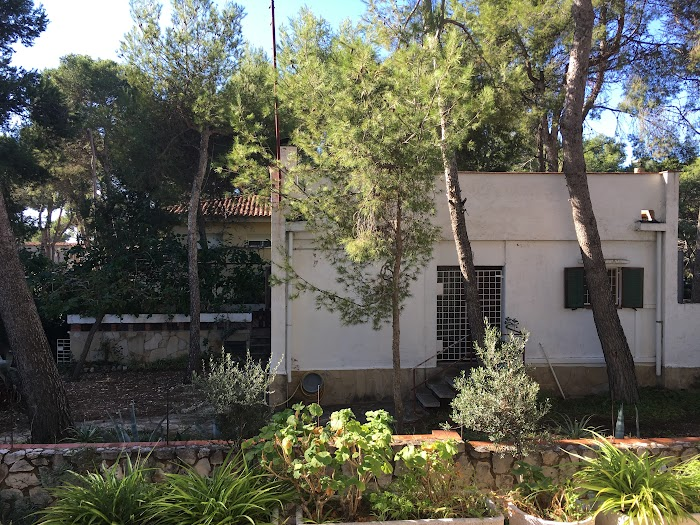 Casa Oda, een modernistische villa te koop in Cabo de Salou