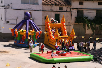 """Photo: Fiestas de San Ramón 2011 """"Hinchables"""" (Fotografías enviadas por Anna Bonich Hernando)"""