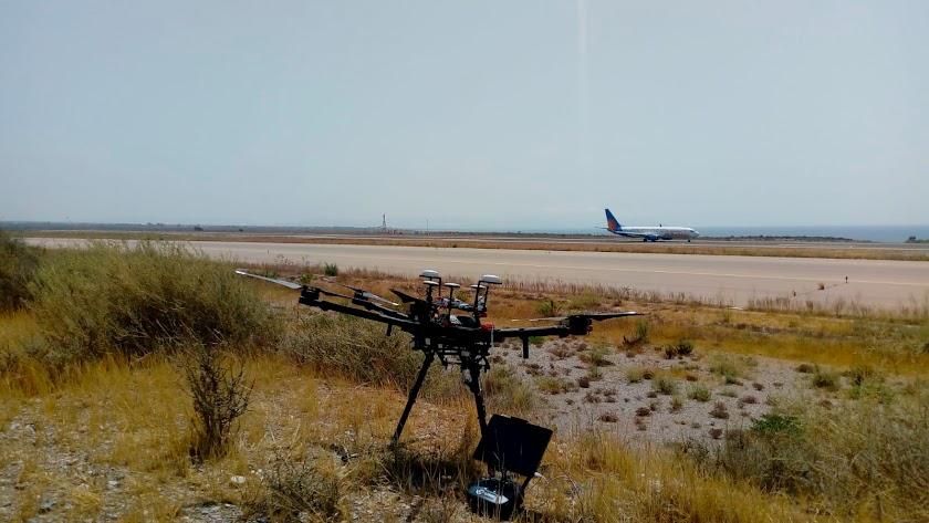 Drones en el aeropuerto de Almería.