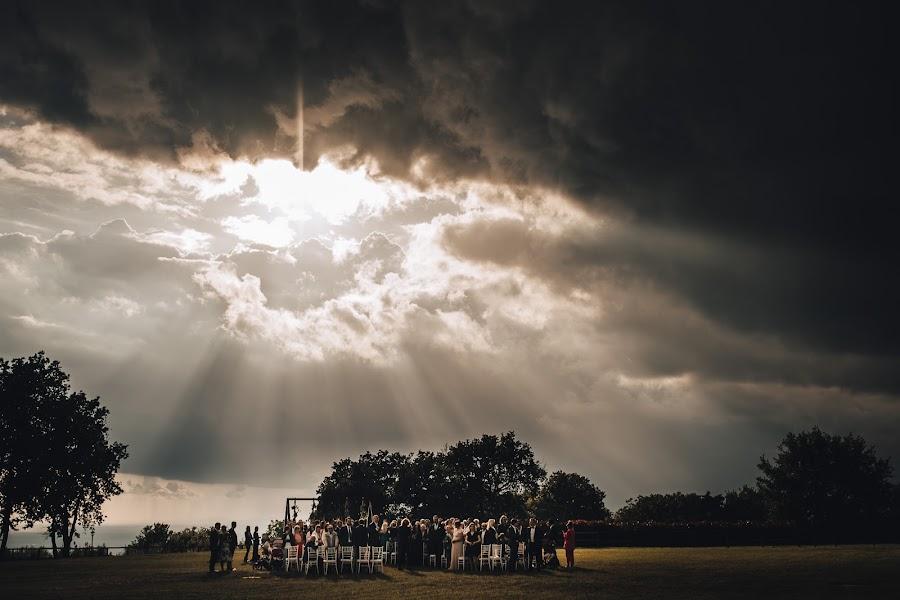 Pulmafotograaf Andrea Di giampasquale (digiampasquale). Foto tehtud 11.04.2019