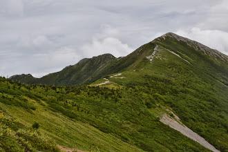 Photo: 爺ヶ岳へいたる稜線。
