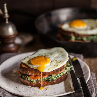 Croque Madame with Spinach and Smoked Salmon Recipe