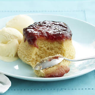 Steamed Cakes with Strawberry Jam.