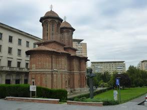 Photo: Rou3S112-151001Bucarest, ville, bus, église orthodoxe ancienne, près place Révolution P1030489