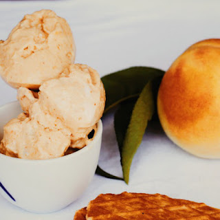 Peach and Vanilla Cream Ice Cream