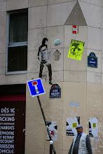 Photo: Street art - Oré (en haut) - Sobr -Paris XIe - rue Oberkampf