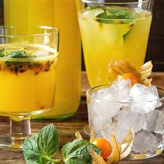 Passion Fruit Cocktail (Maracuja).